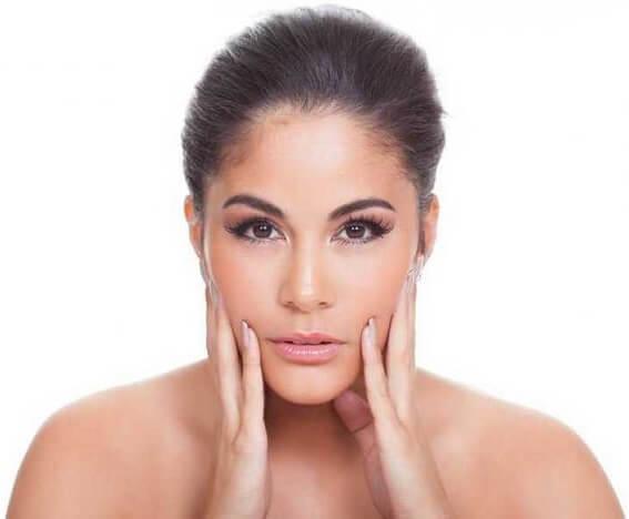 Jak leczyć łupież pstry na twarzy?